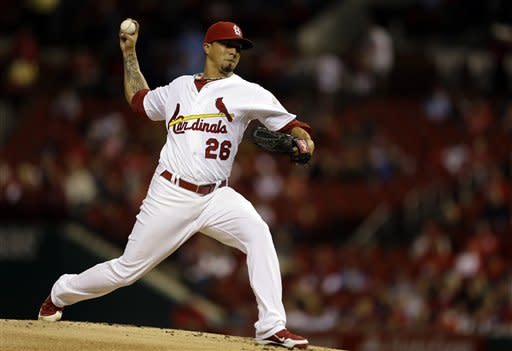 St. Louis Cardinals starting pitcher Kyle Lohse throws during the first inning of a baseball game against the Houston Astros, Tuesday, Sept. 18, 2012, in St. Louis. (AP Photo/Jeff Roberson)