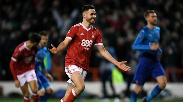 <p>In the final fixtures of the weekend in the third round of the FA Cup, there was the traditional giant killings, comebacks and top-tier domination that make the historic cup revered around the world.</p><p>Kicking off the day, League Two outfit <b>Newport County</b> provided a classic upset against the odds, defeating 1972 winners and Championship side <b>Leeds United</b> in a surprising last-gasp 2-1 victory at Rodney Parade.</p><p>Elsewhere, League One's <b>Shrewsbury Town</b> shared a spoil of the FA Cup heroics, earning a third-round replay against Premier League side <b>West Ham</b> with a 0-0 stalemate, despite doing enough to shock with a victory.</p><p>At Wembley Stadium, <b>Tottenham Hotspur</b> made easy work of struggling League One side <b>AFC Wimbledon</b> in a London derby, courtesy of a Harry Kane brace who continues his fine form in front of goal. Belgian center-half Jan Vertonghen made it 3-0 to ease the pressure on the home side after a resilient first half from the visitors.</p><p>In the final match of the day, cup holders <b>Arsenal</b> faced what they thought would be a routine trip to two-time FA Cup winners and manager-less <b>Nottingham Forest</b>, who currently occupy 14th place in the Championship.</p><p>Playing a second-string team, the Gunners expected an untested advance into the next stage of the tournament and become the first side to win four FA Cups in a five-year spell. However, Forest did not read the script and thumped the holders 4-2 with ten-men.</p><p>Eric Lichaj took the lead before Arsenal captain Per Merstacker equalized, before a spectacular second from a Lichaj chest and volley into the top corner before the break. </p><p>To round off the display, the impressive 18-year-old Ben Brereton rounded off the emphatic victory for the hosts' first victory against Premier League giants Arsenal at City Ground since 1996. </p><p>In controversial circumstances, Nottingham Forest ensured victory after a Danny Welbeck finish to ease 
