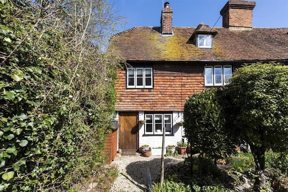 £300,000: a Grade II-listed cottage in Maidstone for sale through Jack Charles, 01732 677 026 (Rightmove)