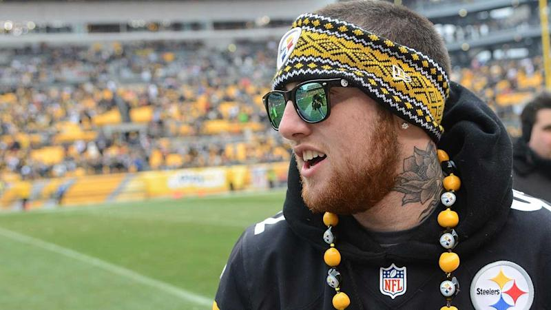 104e19556 Pittsburgh Steelers Honor Hometown Fan Mac Miller During First Home Game of  the Season