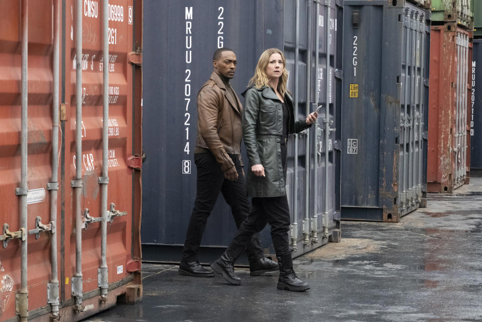 (L-R): Falcon/Sam Wilson (Anthony Mackie) and Sharon Carter/Agent 13 (Emily VanCamp) in Marvel Studios' THE FALCON AND THE WINTER SOLDIER exclusively on Disney+. Photo by Chuck Zlotnick. ©Marvel Studios 2021. All Rights Reserved.