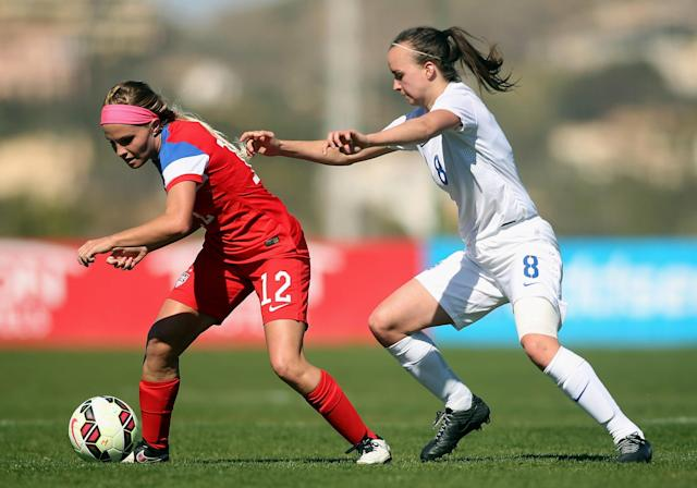 LA MANGA, SPAIN - MARCH 04: Mikaela Harvey (#12) of USA and Kasia Lipka of England fight for the ball during the women's U23 international friendly match between USA U20 and England U23 on March 4, 2016 in La Manga, Spain. (Photo by Johannes Simon/Bongarts/Getty Images)