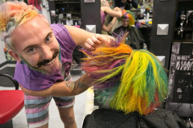 Mykey O'Halloran creates transformative hairstyles for a good cause. (Photo: Casey Hollister for Yahoo Beauty)