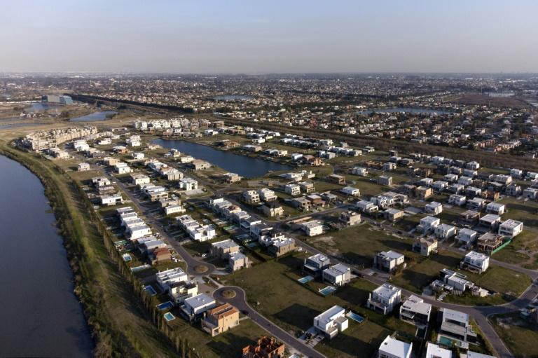 Aerial view of luxury gated communities built on wetlands from the Parana river in Argentina (AFP/MAGALI CERVANTES)