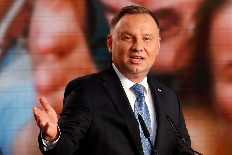 Polish presidential challenger vows to end conservative stranglehold
