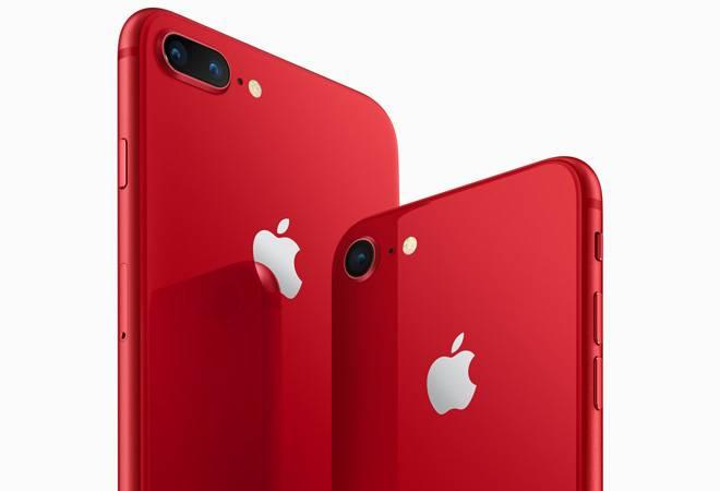 The e-commerce giant, in this period, termed as Apple Week is offering  iPhone X, MacBooks, iPads, AirPods, Apple Watch series etc at cheaper  rates.