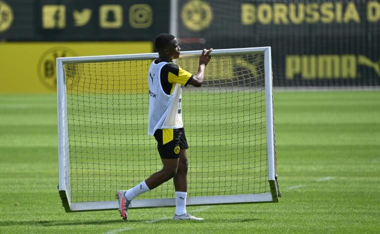 Dortmund 'wunderkind' in line to make Champions League history
