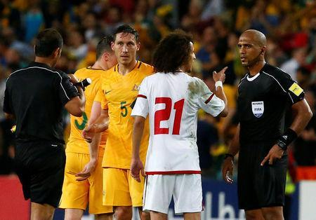 Football Soccer - Australia vs United Arab Emirates - 2018 World Cup Qualifying Asian Zone - Group B - Sydney Football Stadium, Sydney, Australia - 28/3/17 - UAE's Omar Abdulrahman argues with the referee at the end of the match. REUTERS/David Gray