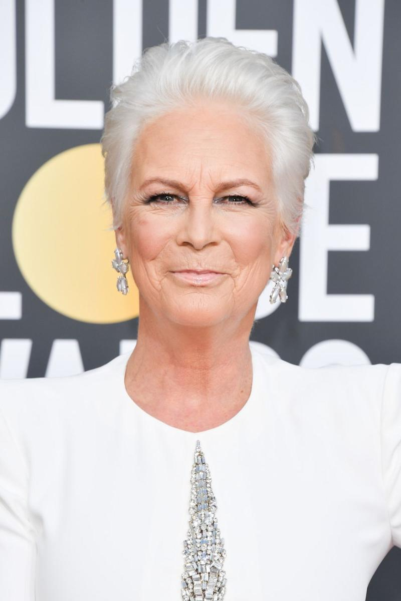everyone is going crazy for jamie lee curtis s golden globe look