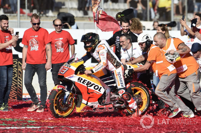 """2017 - Marc Marquez, Honda <span class=""""copyright"""">Gold and Goose / Motorsport Images</span>"""