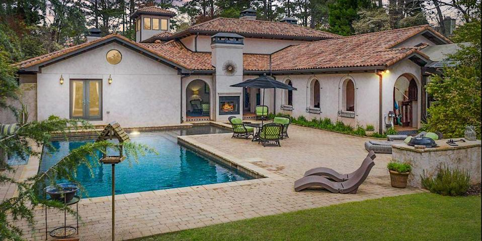 Photo credit: Bartolotti Photography for Atlanta Fine Homes Sotheby's International Realty
