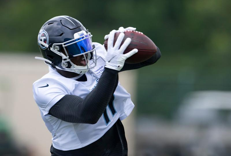 Report: Titans' A.J. Brown could miss Week 2 with bone bruise