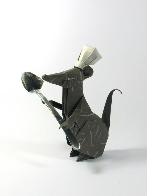 Origami art - Chef Rat. Inspired by the movie Ratatouille. Created by Nguyen Hung Cuong. The spoon is folded from 1x2 rectangle.