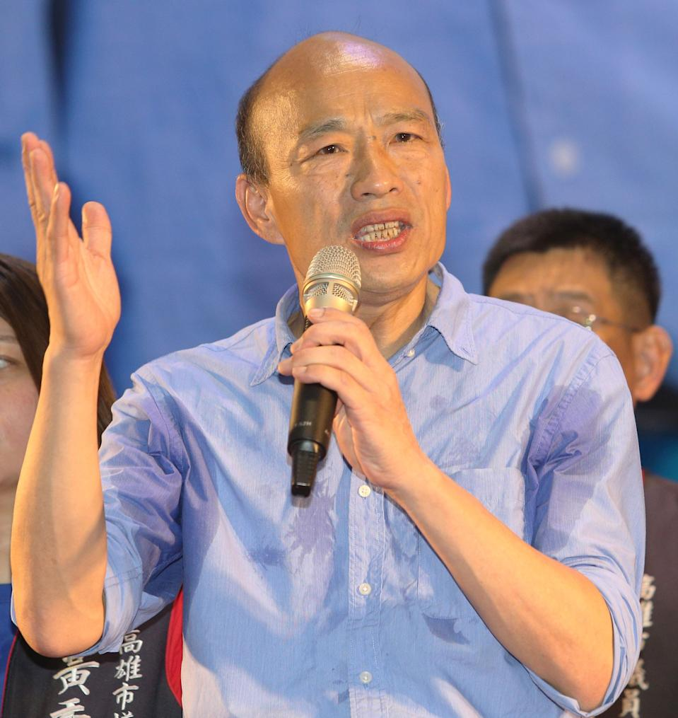 This picture taken on October 10, 2018 shows Han Kuo-yu, Kaohsiung mayor candidate from the main opposition Kuomintang (KMT), speaking during a rally in Kaohsiung, southern Taiwan. - When Taiwan goes to the polls on November 24, 2018 in local elections, it will not only be a test for President Tsai Ing-wen's embattled government but a crucial vote on divisive issues that could rile China. (Photo by STR / AFP) / TO GO WITH STORY: Taiwan-China-vote-referendum-politics, ADVANCER by Amber WANG        (Photo credit should read STR/AFP/Getty Images)