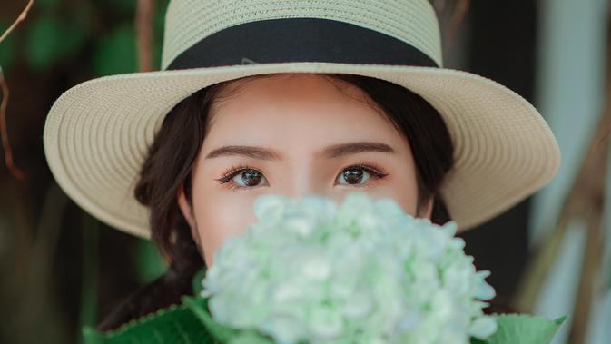 ilustrasi kepribadian perempuan/Photo by Min An from Pexels