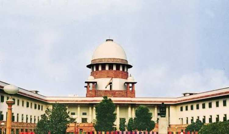 SC asks Tamil Nadu govt to ensure political parties do not disfigure public places