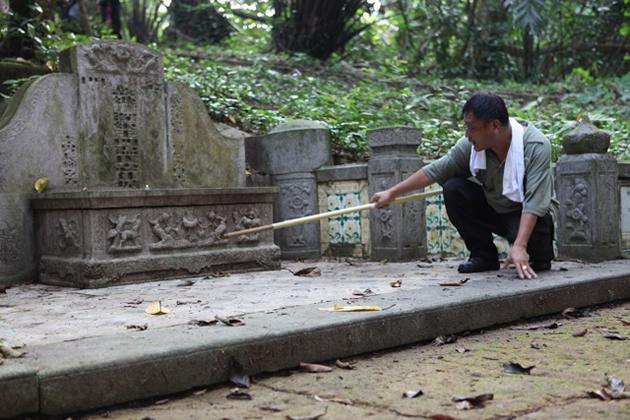 Mrs Ong's tomb is also known as Tomb 77, the 77th one to be marked for exhumation.
