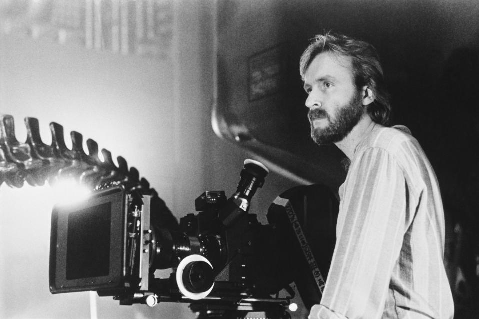 Director James Cameron on the set of his film Alien II. (Photo by Bob Penn/Sygma/Sygma via Getty Images)