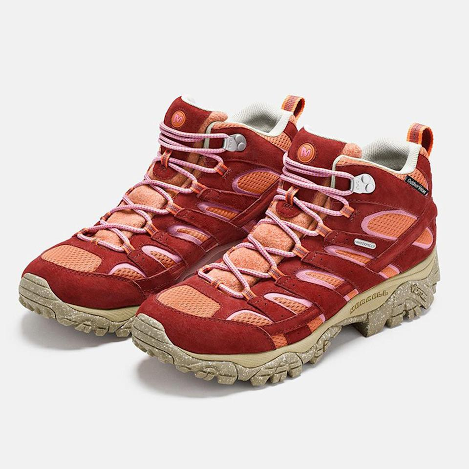 """<p><strong>Outdoor Voices x Merrell</strong></p><p>outdoorvoices.com</p><p><strong>$140.00</strong></p><p><a href=""""https://go.redirectingat.com?id=74968X1596630&url=https%3A%2F%2Fwww.outdoorvoices.com%2Fproducts%2Fm-moab-2-mid-ov-eco&sref=https%3A%2F%2Fwww.esquire.com%2Fstyle%2Fmens-fashion%2Fg34601477%2Fbest-new-menswear-november-14-2020%2F"""" rel=""""nofollow noopener"""" target=""""_blank"""" data-ylk=""""slk:Buy"""" class=""""link rapid-noclick-resp"""">Buy</a></p>"""