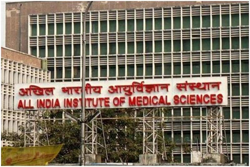 Doctors at AIIMS Delhi Battle Dual Crisis as Dengue Cases Rise amid Surge in Covid-19 Infections