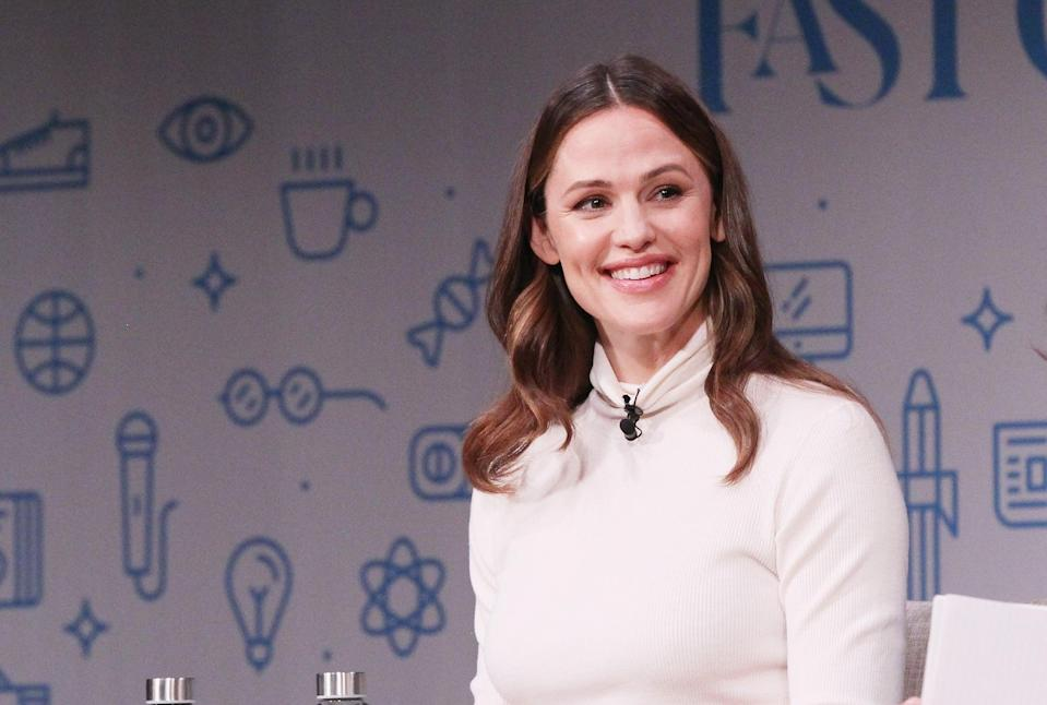 NEW YORK, NY - OCTOBER 25:  Co-Founder and Chief Brand Officer for Once Upon a Farm Jennifer Garner speaks onstage for