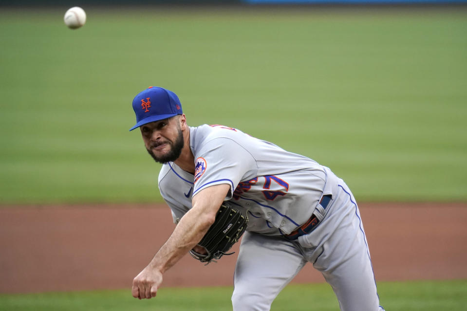New York Mets starting pitcher Joey Lucchesi throws during the first inning of a baseball game against the St. Louis Cardinals Monday, May 3, 2021, in St. Louis. (AP Photo/Jeff Roberson)