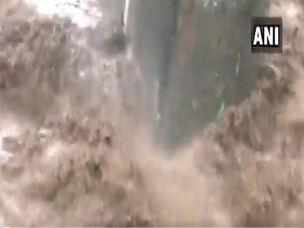 Heavy rainfall causes overflow of river in Rajouri [Photo/ANI]