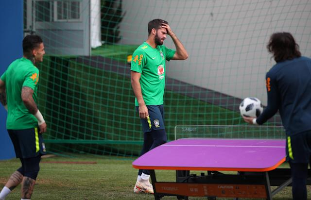 Soccer Football - World Cup - Brazil Training - Brazil Training Camp, Sochi, Russia - June 19, 2018 Brazil's Ederson, Alisson and Cassio during training REUTERS/Hannah McKay