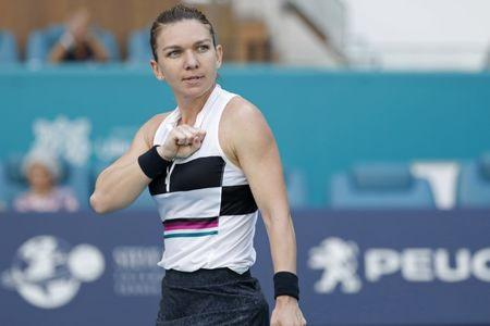 Simona Halep beats Venus Williams to reach Miami Open quarter-finals