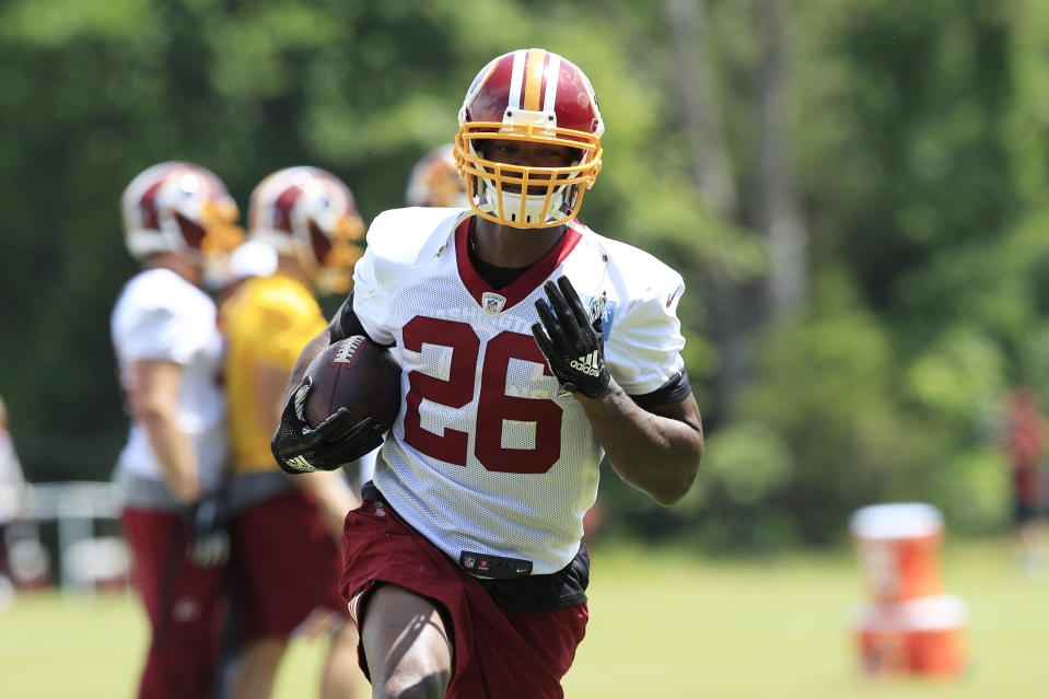 A Pennsylvania lending company has filed suit against Washington Redskins running back Adrian Peterson. (AP)