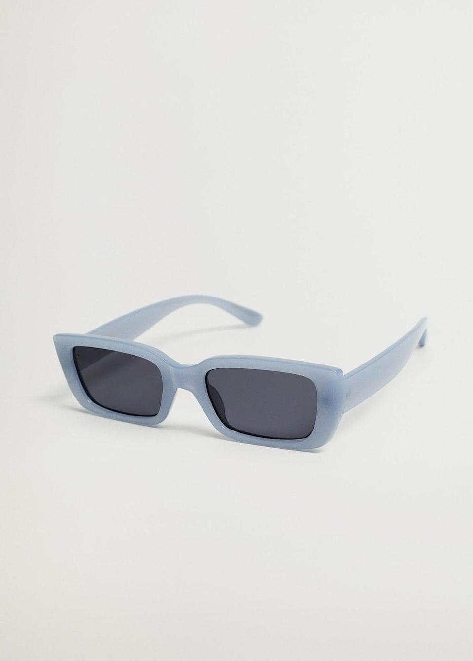 <p>These <span>Mango Squared Frame Sunglasses</span> ($30) look so cute.</p>
