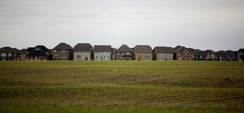 Canadian Mortgage Growth Slows Amid Government Housing Moves