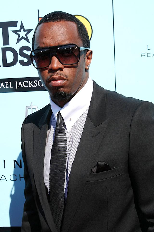 "Sean ""Diddy"" Combs kept it sexy yet chic in a classic suit and monstrous shades. Arnold Turner/<a href=""http://www.wireimage.com"" target=""new"">WireImage.com</a> - June 28, 2009"
