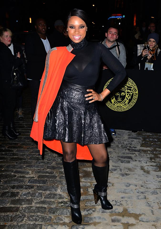 Jennifer Hudson, fabulous in head-to-toe Versace. Need we say more?! (10/24/2012)