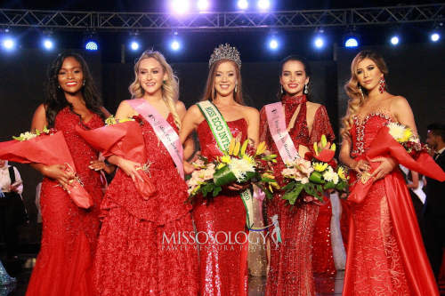 Day (second from the right) wins first runner-up