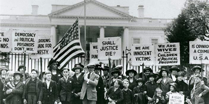 """Children's Crusade"" protesters in front of the White House in 1922"
