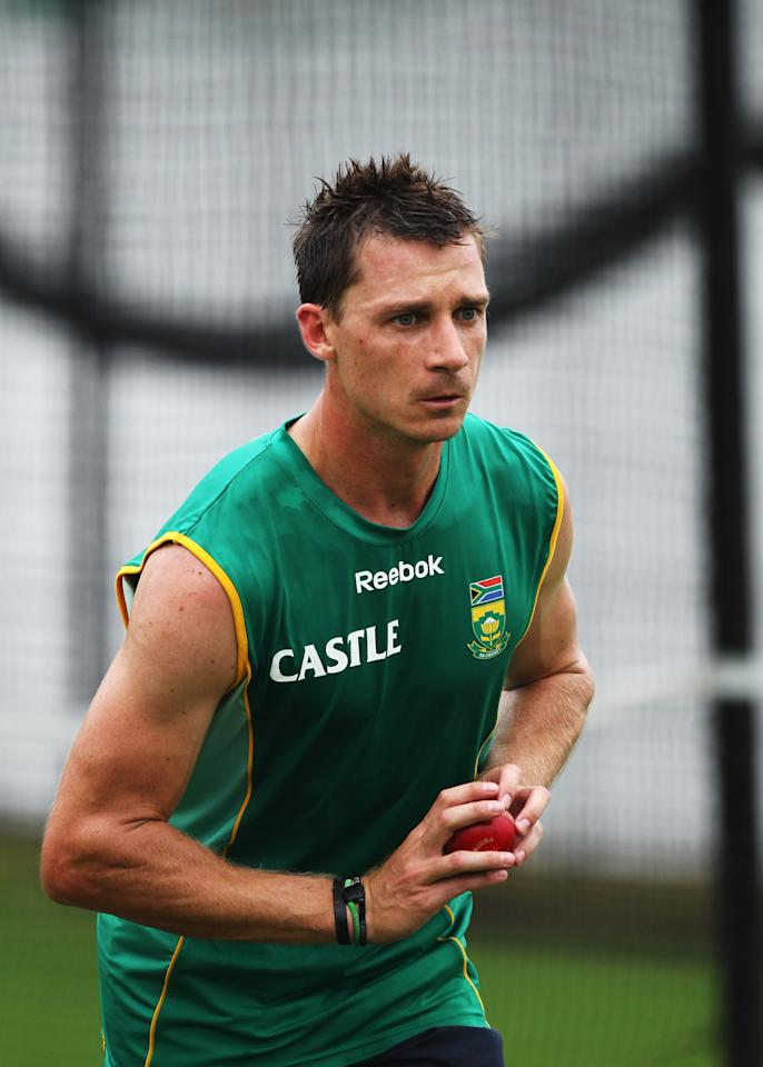 DURBAN, SOUTH AFRICA - DECEMBER 23:  Dale Steyn of South Africa prepares to bowl during a South Africa nets session at Kingsmead Cricket Ground on December 23, 2009 in Durban, South Africa.  (Photo by Paul Gilham/Getty Images)