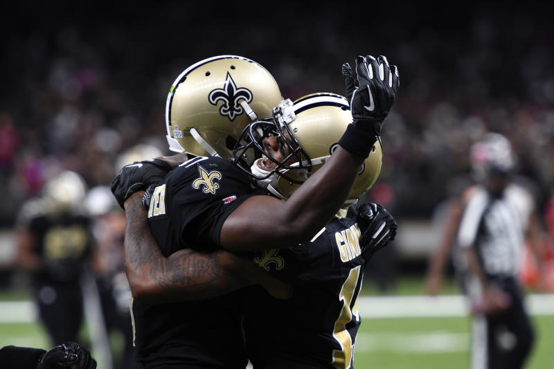 Pats Still No 1 Saints Move To No 2 In Ap Pro32 Poll