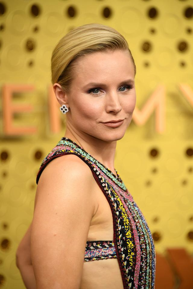 """<p><a class=""""sugar-inline-link ga-track"""" title=""""Latest photos and news for Kristen Bell"""" href=""""https://www.popsugar.com/Kristen-Bell"""" target=""""_blank"""" data-ga-category=""""Related"""" data-ga-label=""""https://www.popsugar.com/Kristen-Bell"""" data-ga-action=""""&lt;-related-&gt; Links"""">Kristen Bell</a>, who stars on <strong>The Good Place</strong> as loveably crass Eleanor Shellstrop, is reprising her role as adorably awkward princess Anna in <strong><a href=""""https://www.popsugar.com/latest/Frozen-2"""" target=""""_blank"""" class=""""ga-track"""" data-ga-category=""""Related"""" data-ga-label=""""http://www.popsugar.com/latest/Frozen-2"""" data-ga-action=""""In-Line Links"""">Frozen 2</a></strong>, and though we won't be able to see Bell, we'll be able to hear her when the animated sequel hits theaters on Nov. 22. </p> <p>She's also set to costar alongside <strong>SNL </strong>alum Leslie Jones in <strong><a href=""""http://deadline.com/2019/05/leslie-jones-kristen-bell-coupon-cartel-saga-queenpins-lands-with-rocket-science-cannes-1202611234/"""" target=""""_blank"""" class=""""ga-track"""" data-ga-category=""""Related"""" data-ga-label=""""http://deadline.com/2019/05/leslie-jones-kristen-bell-coupon-cartel-saga-queenpins-lands-with-rocket-science-cannes-1202611234/"""" data-ga-action=""""In-Line Links"""">Queenpins</a></strong>, a comedy based on the real-life story of two Phoenix housewives who team up to run a $40 million coupon scam. No announcements have been made yet about when we may expect to see this one. </p> <p>Other projects coming up for Bell include <strong>Do, Re &amp; Mi</strong>, an animated musical series for preschoolers from Amazon Studios, and <strong>Central Park</strong>, another animated musical series that revolves around the people who live and work in the famous NYC park. There's no word yet on whether <strong><a href=""""http://www.popsugar.com/Veronica-Mars"""" target=""""_blank"""" class=""""ga-track"""" data-ga-category=""""Related"""" data-ga-label=""""http://www.popsugar.com/Veronica-Mars"""" data-ga-action=""""In-Line Links"""">Veronica Mars</a></st"""