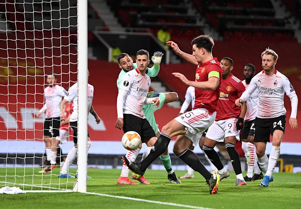 Manchester United's Harry Maguire somehow missed this opportunity. (Photo by Laurence Griffiths/Getty Images)