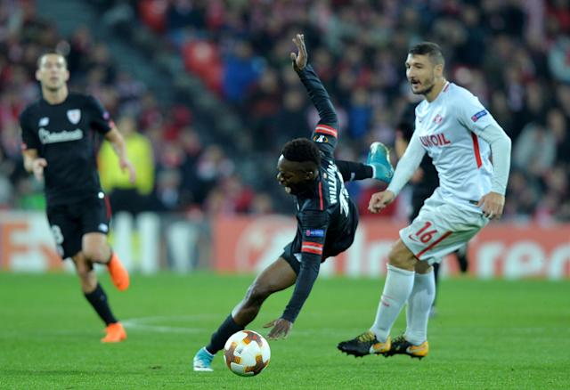 Soccer Football - Europa League Round of 32 Second Leg - Athletic Bilbao vs Spartak Moscow - San Mames, Bilbao, Spain - February 22, 2018 Athletic Bilbao's Inaki Williams in action with Spartak Moscow's Salvatore Bocchetti REUTERS/Vincent West