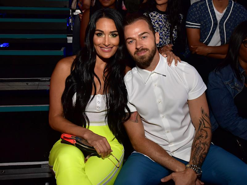 Nikki Bella Announces Her Engagement