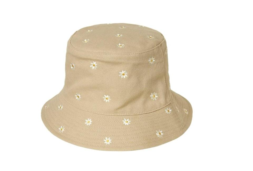<p>We're swooning over the cute and fun embroidery on this <span>O'Neill Piper Bucket Hat</span> ($32).</p>