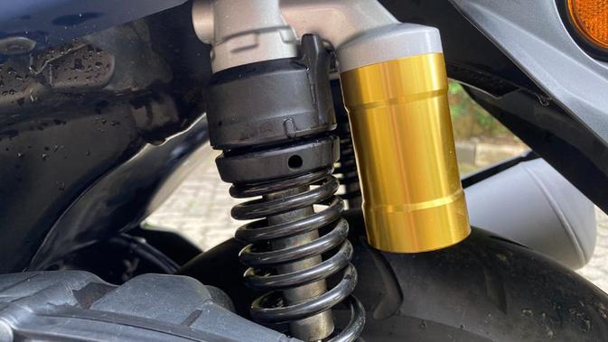 Fitur adjustable rear suspension pada All New Nmax 155 Connected/ABS. (Dok. Yamaha)