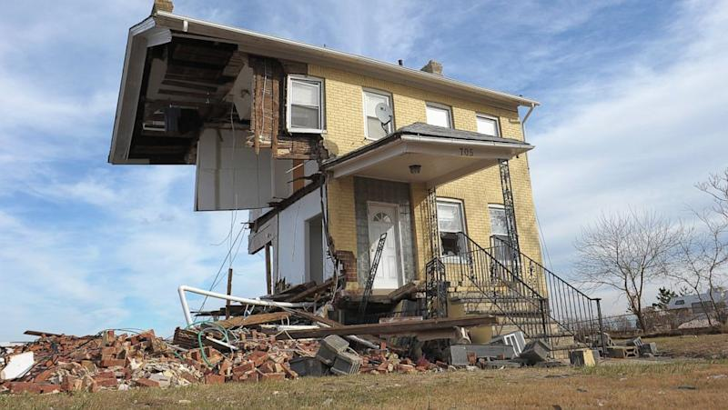 NJ Residents Faring Worse Than Neighbors in Hurricane Sandy Recovery