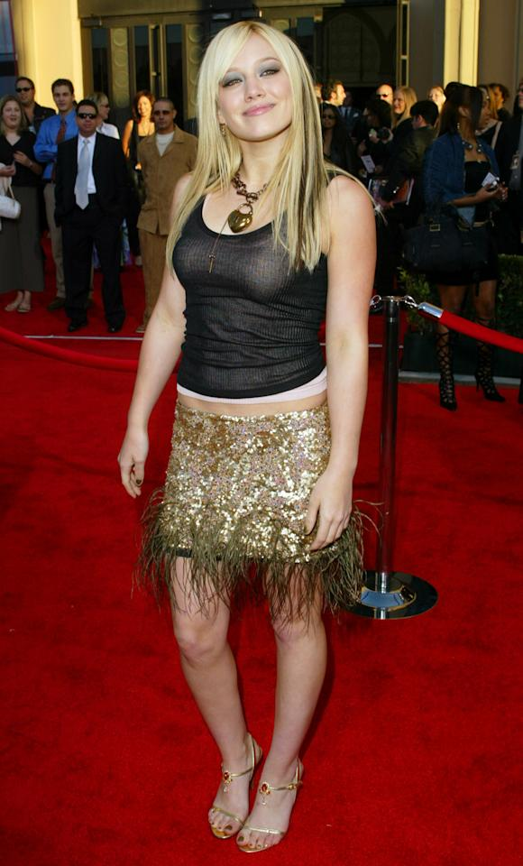 Actress and singer Hilary Duff arrives at the 31st annual American Music Awards, Sunday, Nov. 16, 2003, in Los Angeles. Duff is performing on the show. (AP Photo/Kevork Djansezian)