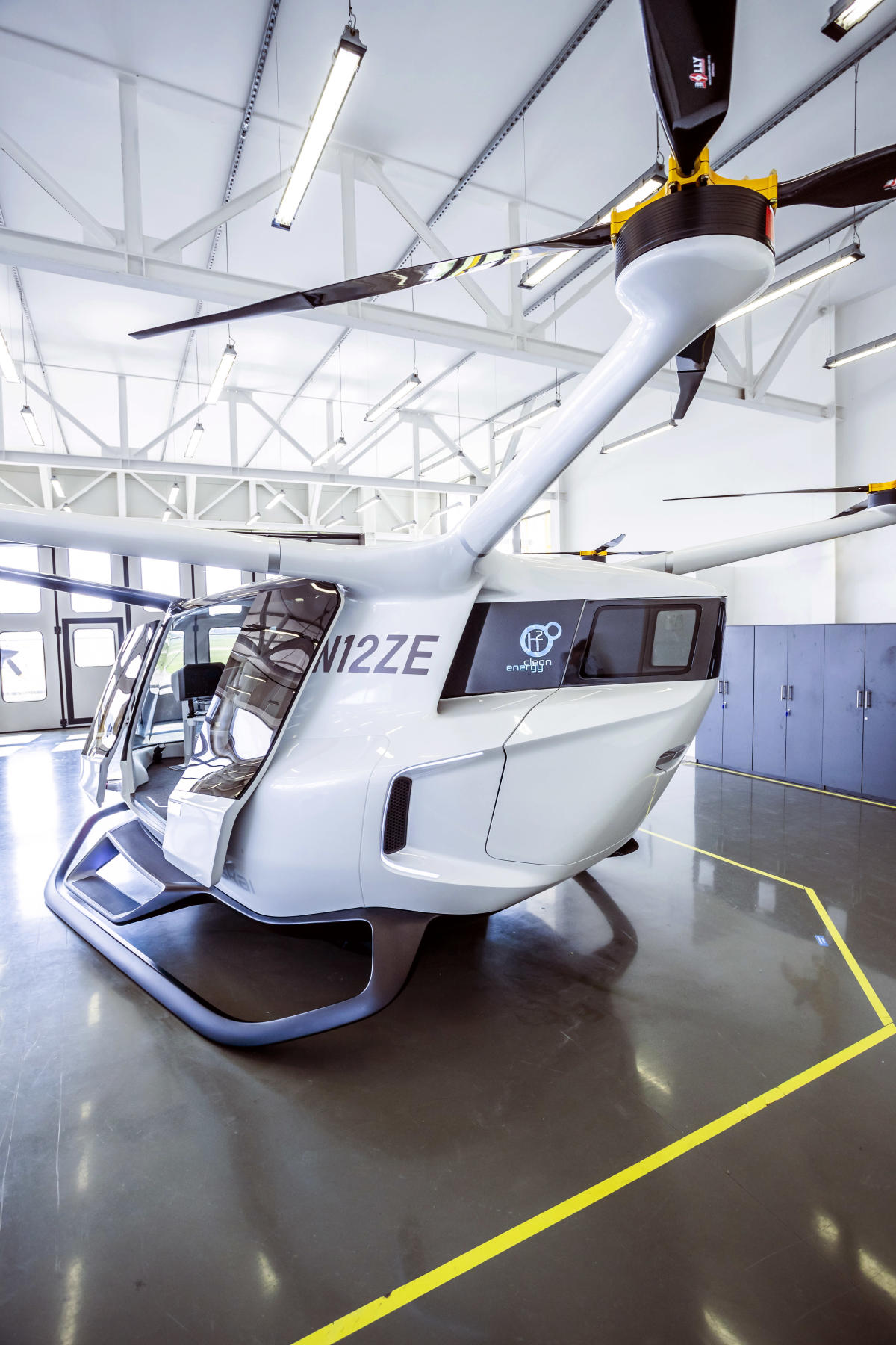 The Royal Seal of Approval: Alaka'i's hydrogen-powered advanced air mobility vehicle Skai is on a mission to decarbonize travel