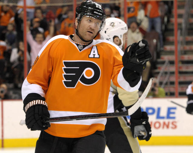 Scott Hartnell says he was forced out of Philadelphia