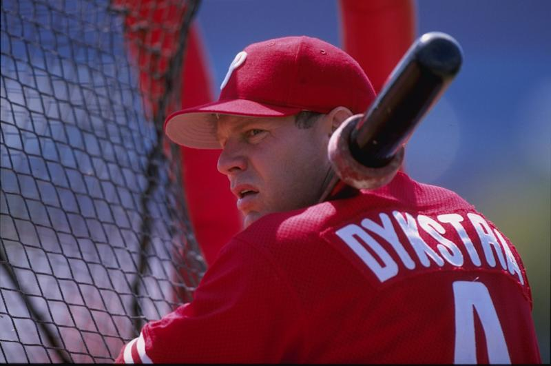 Recently cleared of a terroristic threat charge, Lenny Dykstra is slated to fight the dude who's famous for screaming about being short in a bagel shop. (Getty)