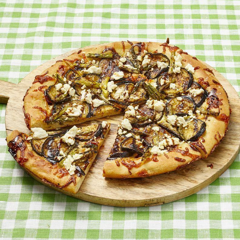 """<p>This pizza gets its extra-crispy edges from the way it's prepared: in a cast-iron skillet! </p><p><strong><a href=""""https://www.thepioneerwoman.com/food-cooking/recipes/a35936875/roasted-veggie-cast-iron-pizza-recipe/"""" rel=""""nofollow noopener"""" target=""""_blank"""" data-ylk=""""slk:Get the recipe"""" class=""""link rapid-noclick-resp"""">Get the recipe</a>.</strong></p><p><strong><a class=""""link rapid-noclick-resp"""" href=""""https://go.redirectingat.com?id=74968X1596630&url=https%3A%2F%2Fwww.walmart.com%2Fbrowse%2Fhome%2Fserveware%2Fthe-pioneer-woman%2F4044_623679_639999_2347672&sref=https%3A%2F%2Fwww.thepioneerwoman.com%2Ffood-cooking%2Fmeals-menus%2Fg35589850%2Fmothers-day-dinner-ideas%2F"""" rel=""""nofollow noopener"""" target=""""_blank"""" data-ylk=""""slk:SHOP SERVEWARE"""">SHOP SERVEWARE</a></strong></p>"""